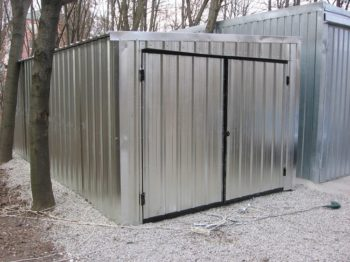 Холодный гараж из профнастила
