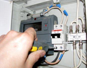 подключение автоматического выключателя